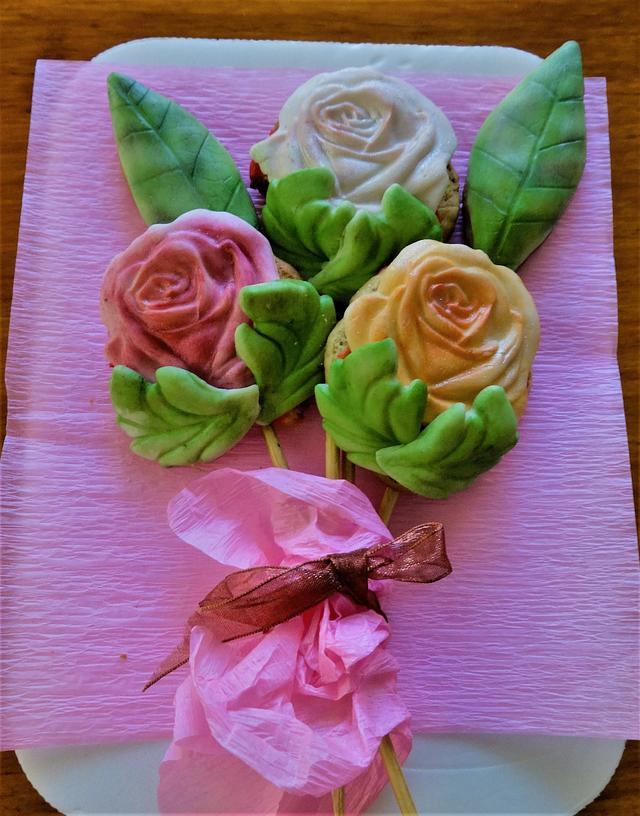 Cookie roses