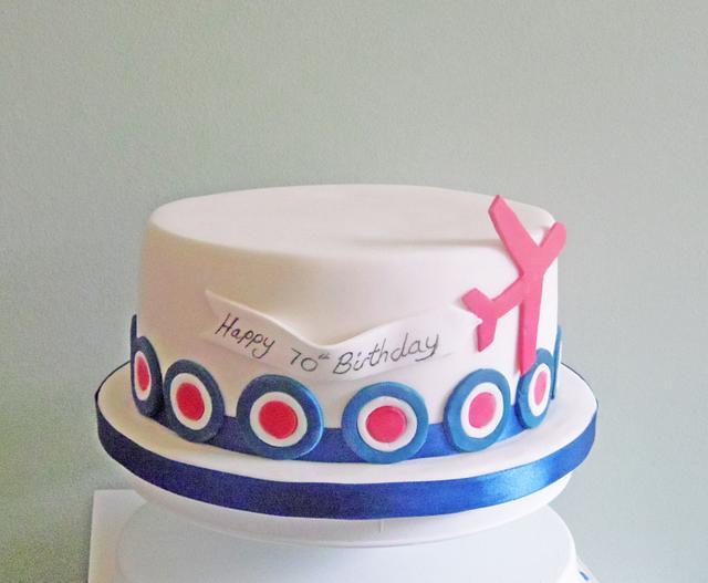 Admirable Plane Birthday Cake Cake By Bridgewaterbakery Cakesdecor Funny Birthday Cards Online Unhofree Goldxyz