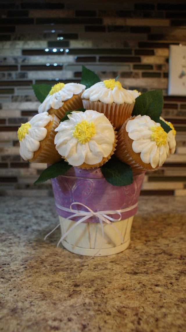 Cupcake bouquet for Mother's Day