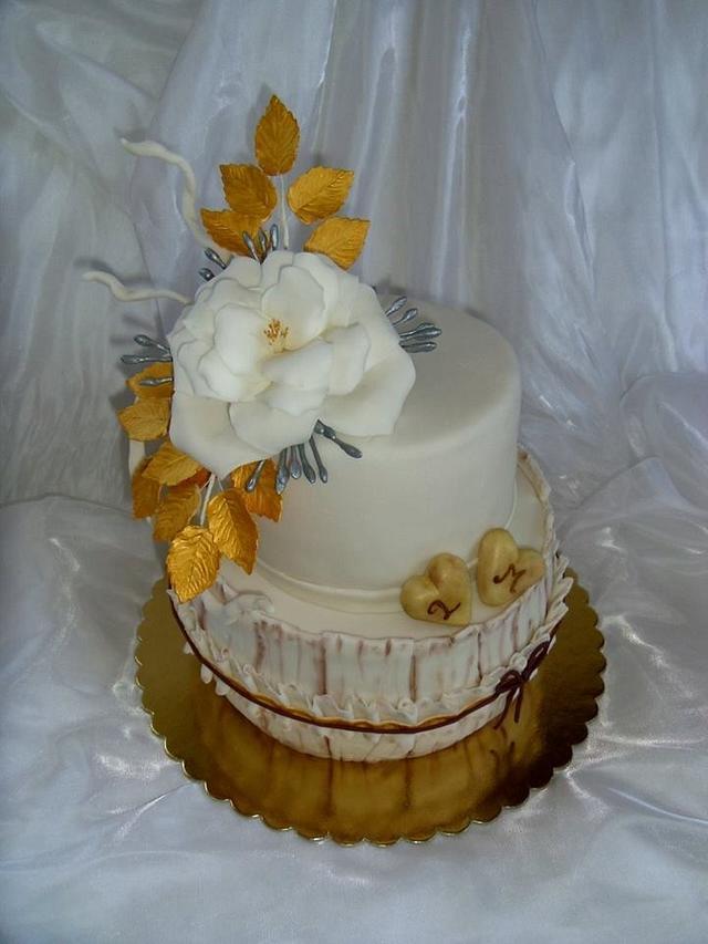 Wedding cake with tea rose
