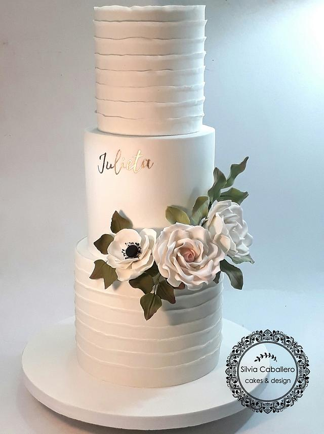 Stupendous 15Th Birthday Cake For Julieta Cake By Silvia Caballero Cakesdecor Funny Birthday Cards Online Amentibdeldamsfinfo