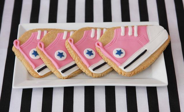 Baby Converse Dessert Table