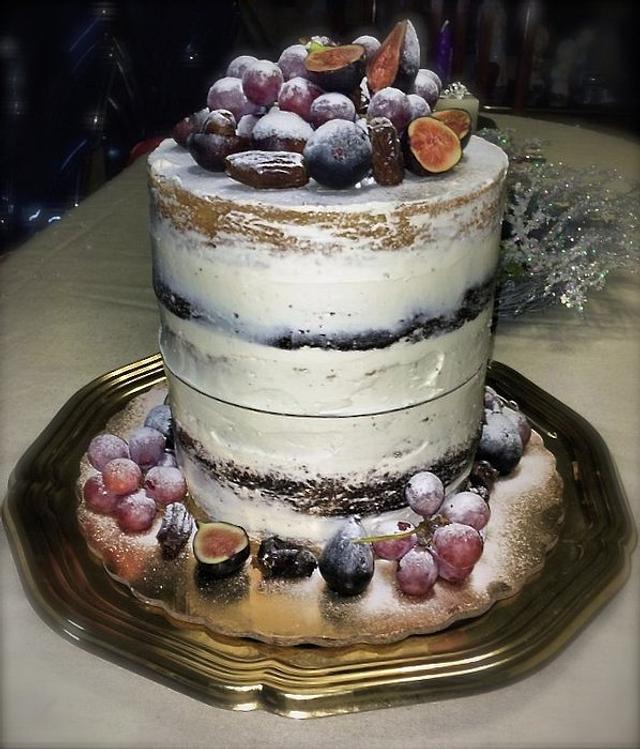 Rustic naked Birthday cake