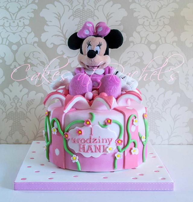 Fantastic Minnie Mouse 1St Birthday Cake Cake By Rachel Cakesdecor Personalised Birthday Cards Veneteletsinfo