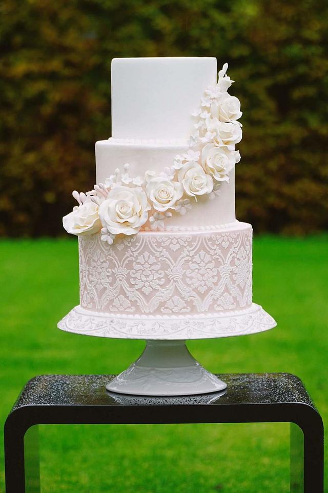 Love romantic wedding cake