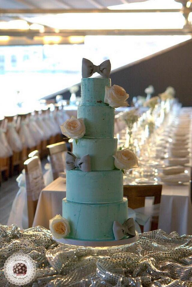 Bow & Roses Naked Cake by Mericakes