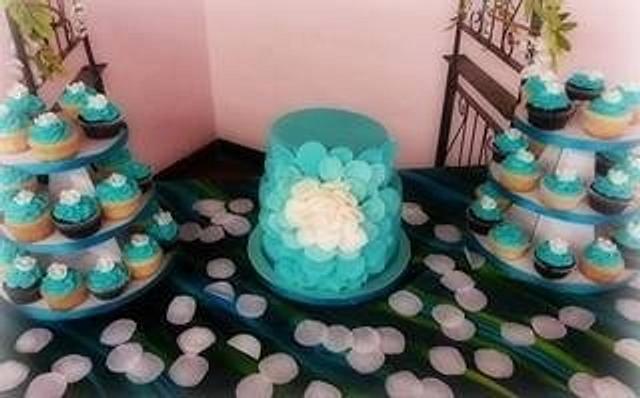"Wedding ""petal"" cake"