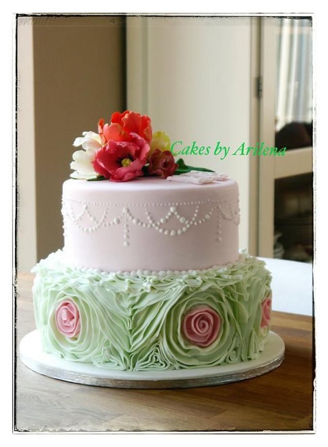 Ruffle rose wedding cake