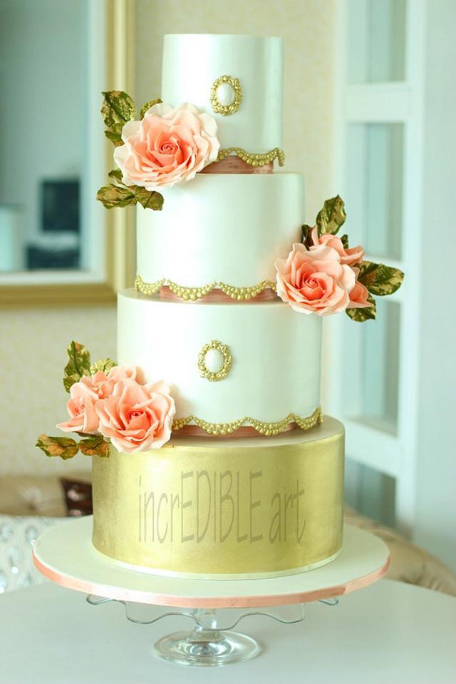 """Vintage Love""- Wedding Cake"