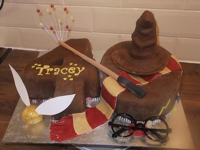 HARRY POTTER THEMED  40th BIRTHDAY CAKE