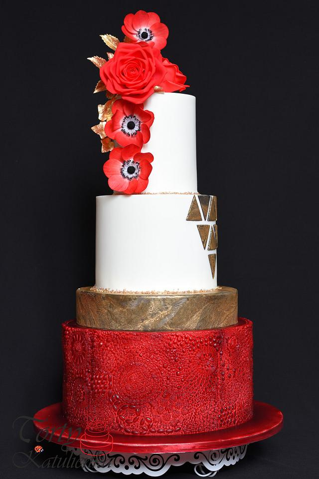 Wedding Cake in Red