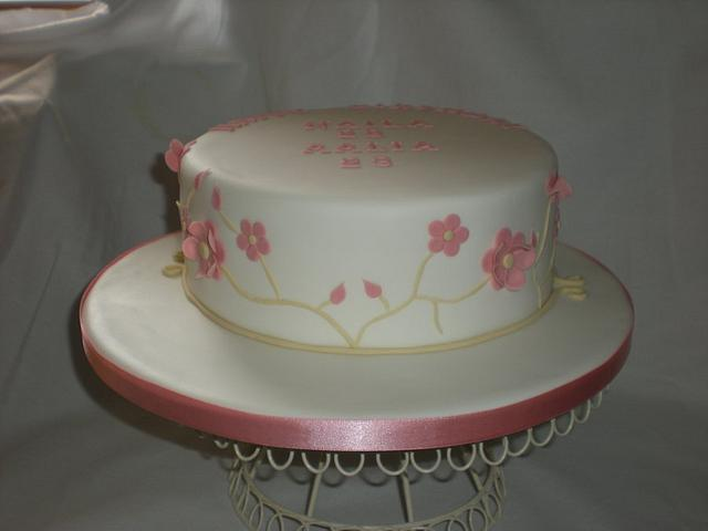 Pretty flowered cake