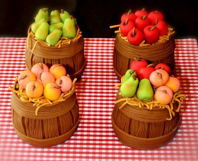Fruit Bushel Cupcakes