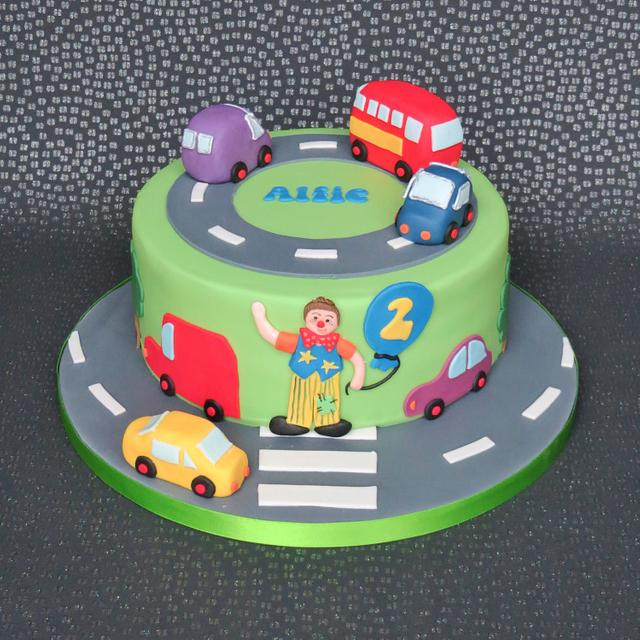 Transport and Mr Tumble Cake