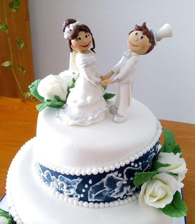 BRIDE AND GROOM FIGURES