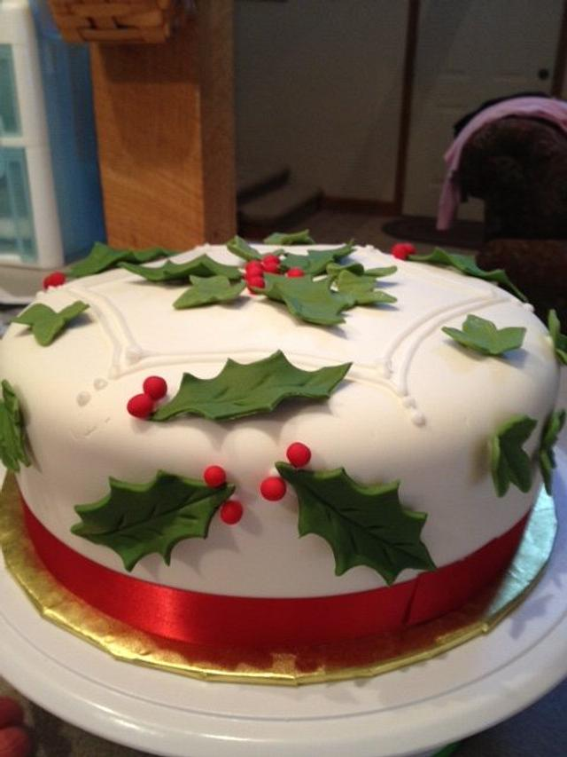 Holly and Ivy Christmas Cake