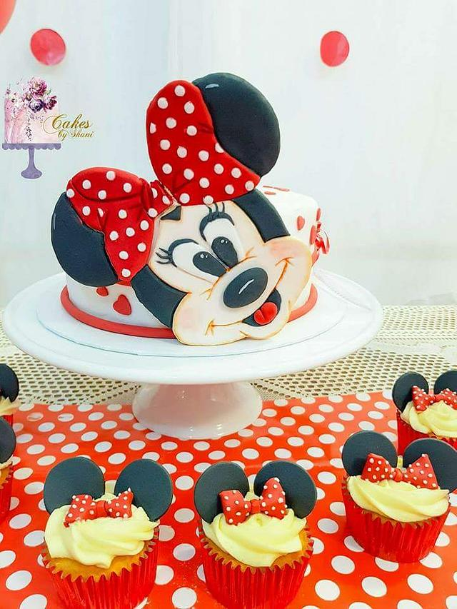 Incredible Minnie Mouse Birthday Cake Cake By Cakes By Shani Cakesdecor Funny Birthday Cards Online Overcheapnameinfo