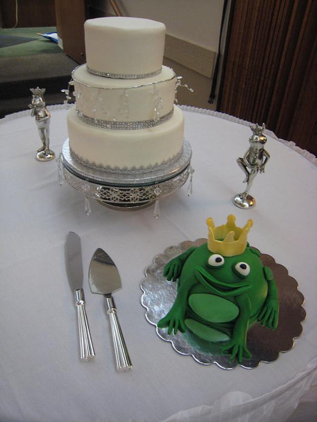 Princess & Frog Wedding Cake