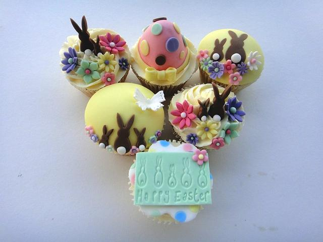 Easter Bunny Cuppies