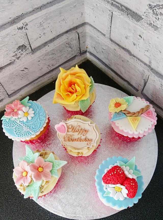 Vintage birthday cupcakes
