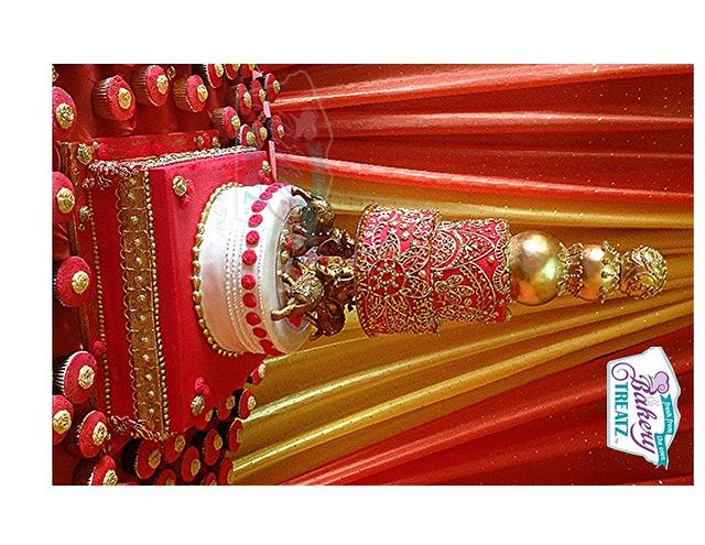 royal asian wedding cake