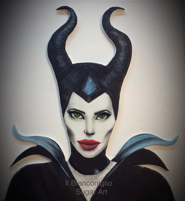 "Topper cake "" Maleficent"""