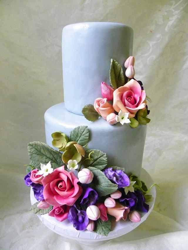 Petite Wedding Cake with sugar flowers