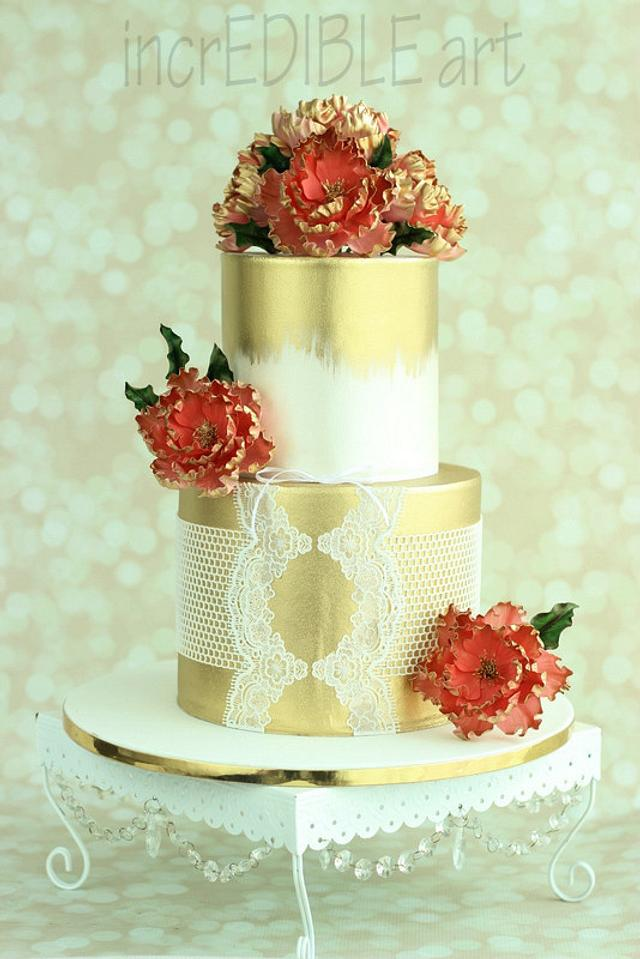 """""""Regal Coral"""" Wedding Cake"""