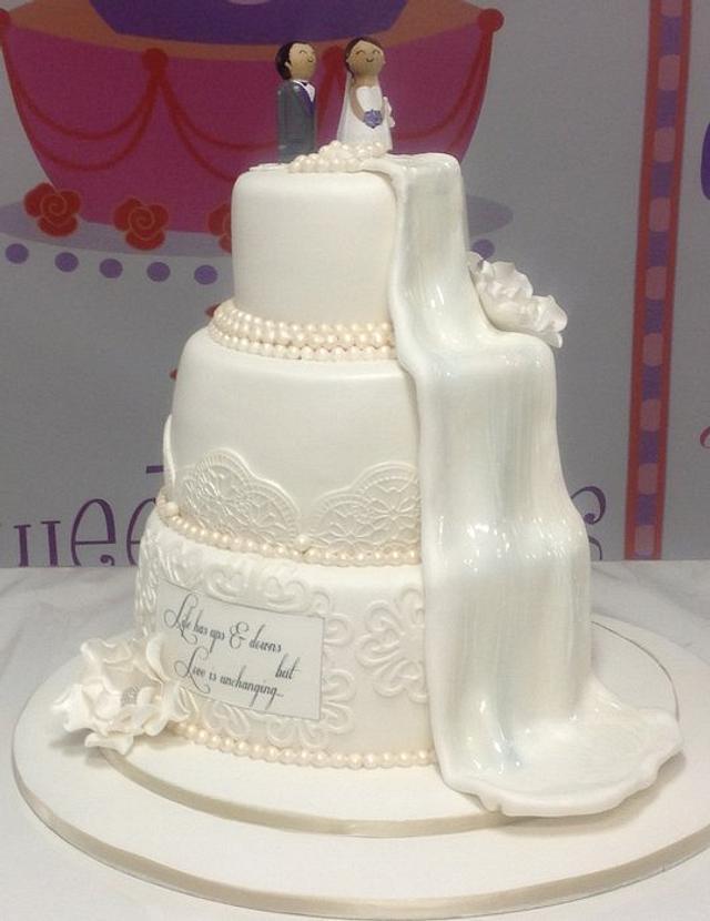 Waterfall wedding cake
