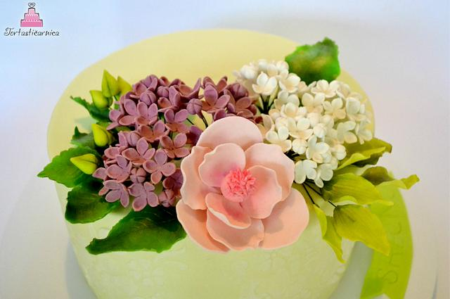 Elegant  flower cake