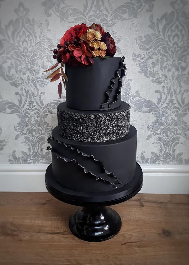 Black winter wedding cake