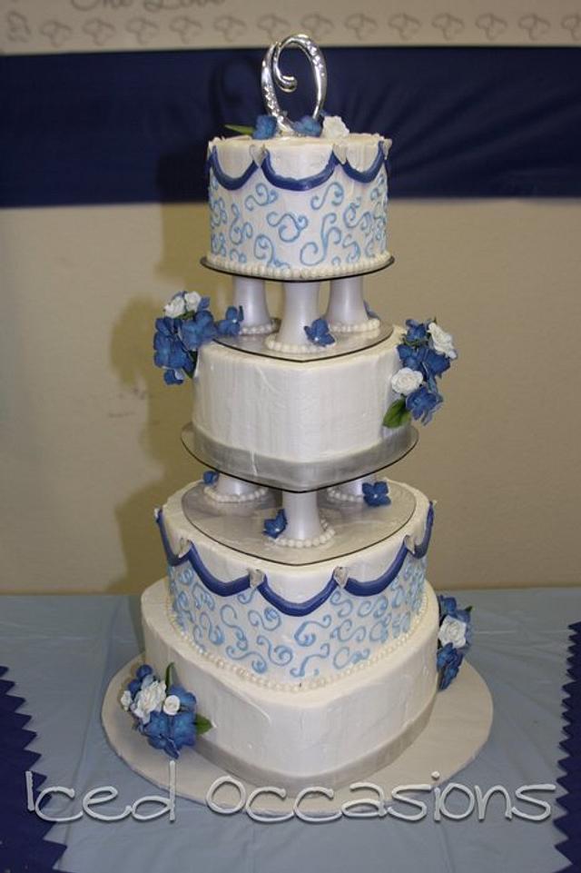 Navy Hydrangea White Rose Heart Cake