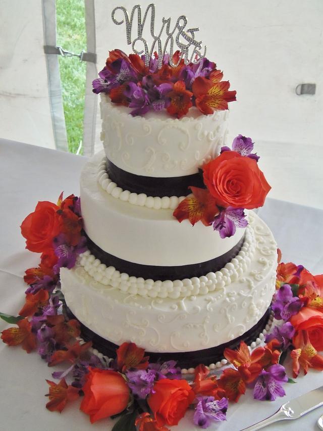 Vibrant Autumn wedding cake