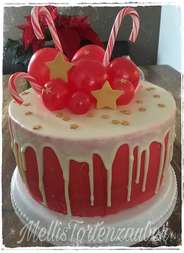 Little christmas drip cake