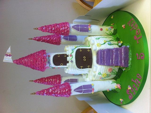 Castle cake number 2!