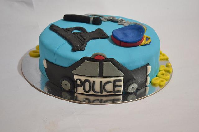 Pleasing Police Theme Cake Policeman Cake Cake By Sweet Cakesdecor Funny Birthday Cards Online Hendilapandamsfinfo