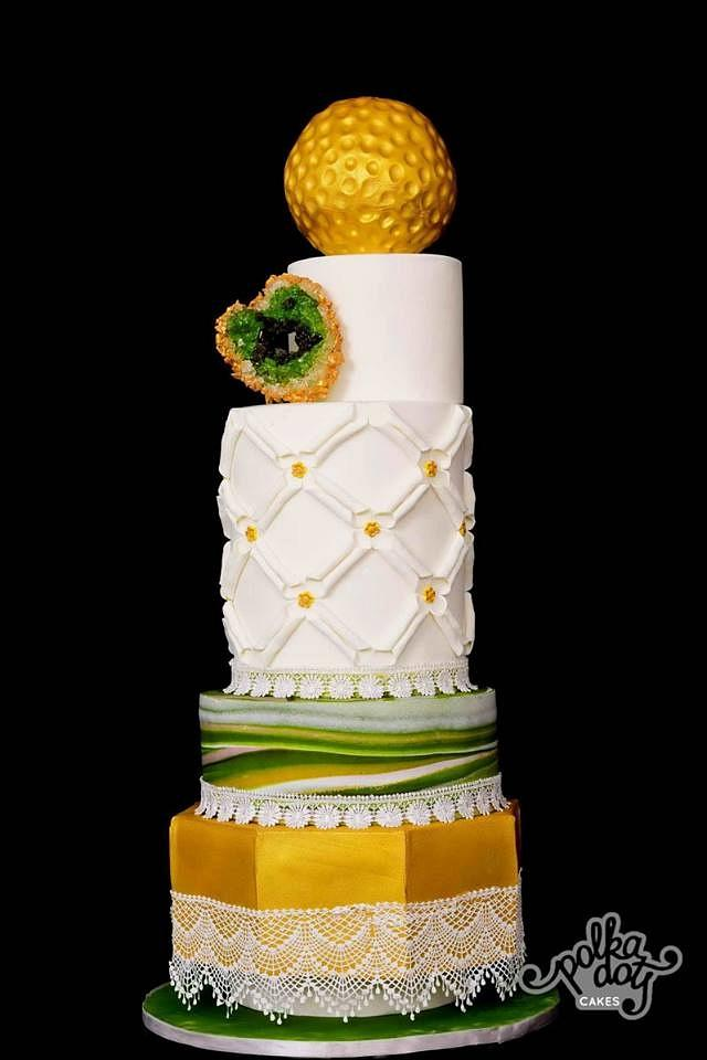 Earthy Modern Wedding Cake