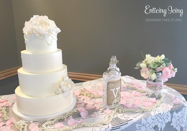 Modern Meets Vintage Buttercream Wedding Cake