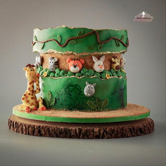 Safari falut line cake