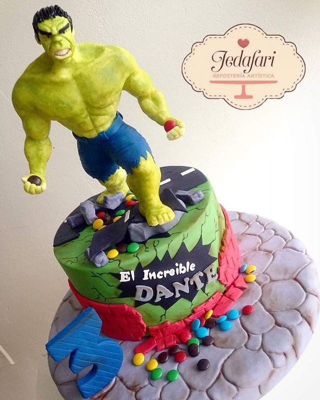 Imcreible HULK cake