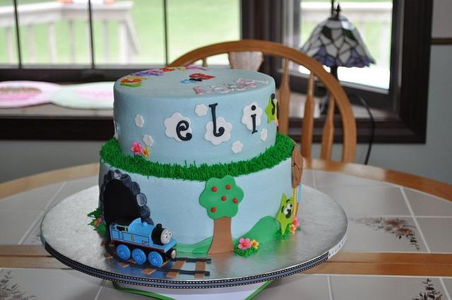 Triplets - 3 Themed cake