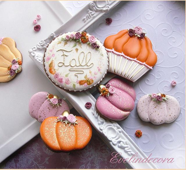 Pumpkins and roses cookies