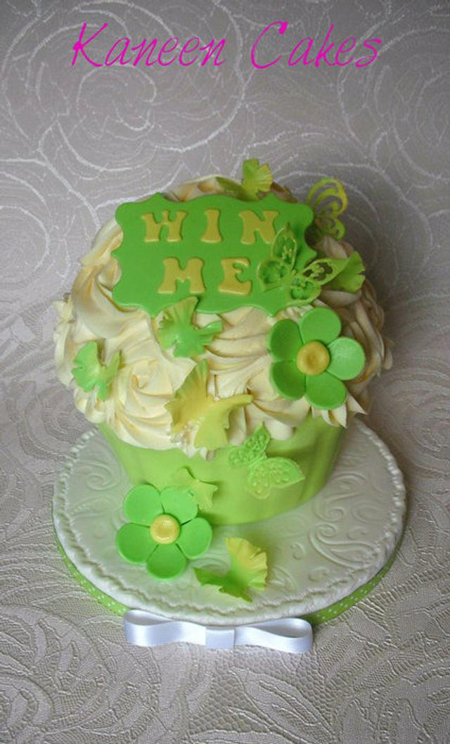 Giant cupcake for a Charity event :O)
