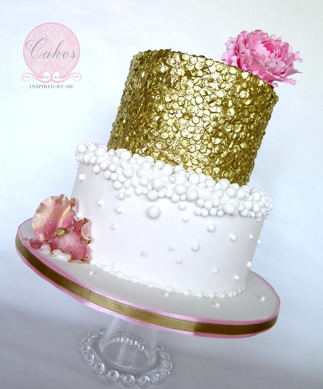 Gold bubbly and pink