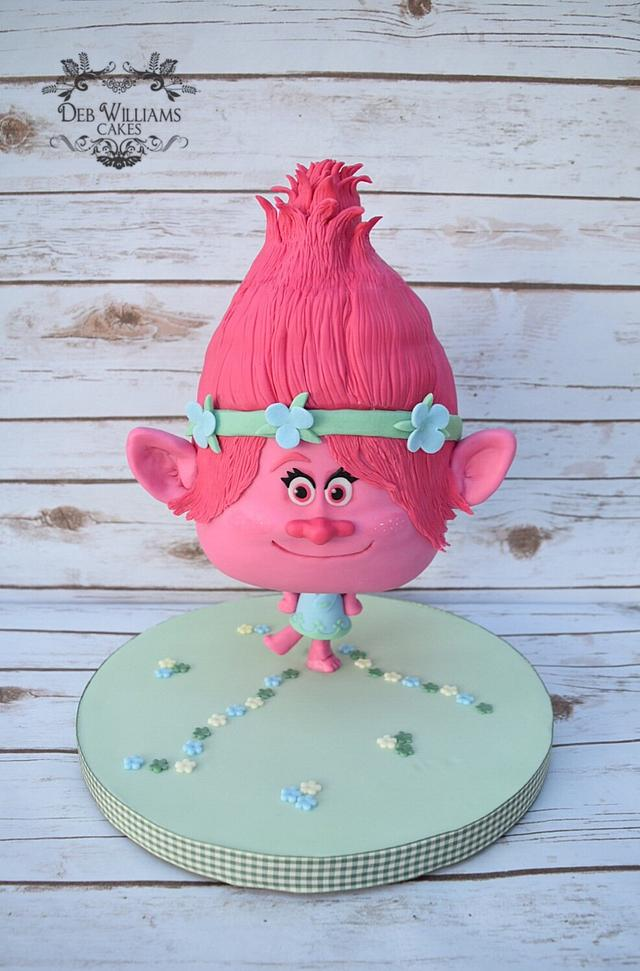 Chibi poppy troll cake