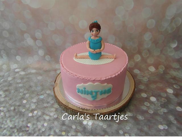 gymnastics girls cake