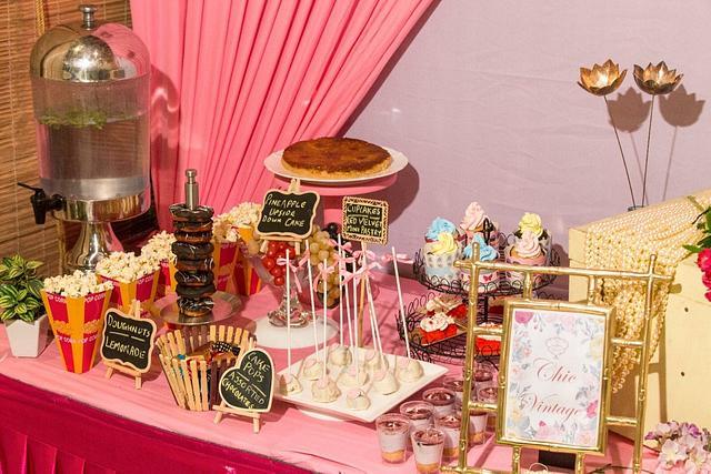 PDCA Dessert Table Collaboration- Chic Vintage!