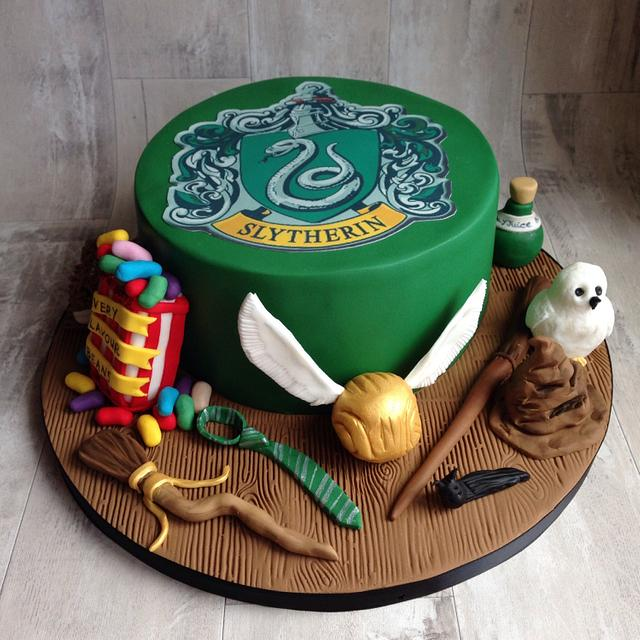 Slytherin cake
