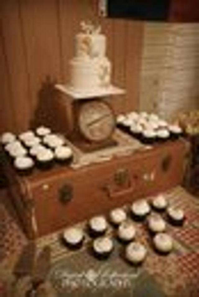 Rustic Button Wedding Cake