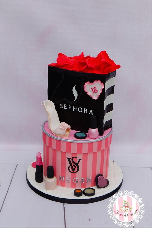 Sweet 16 Fashion Cake